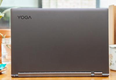 Desain Laptop Yoga C930