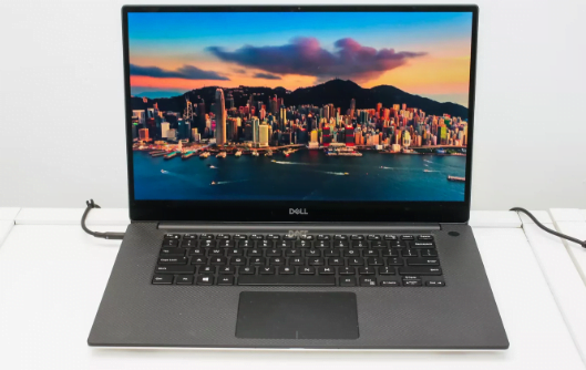 spec laptop dell xps 15 tahun 2019
