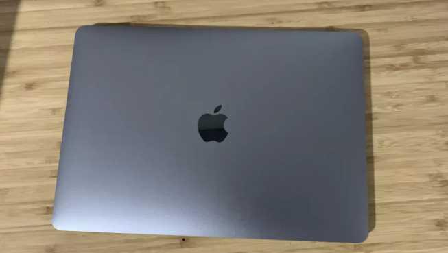 Spesifikasi Apple MacBook Pro M1 Indonesia
