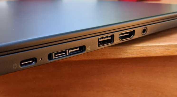 specs Lenovo ThinkPad X13 (AMD)