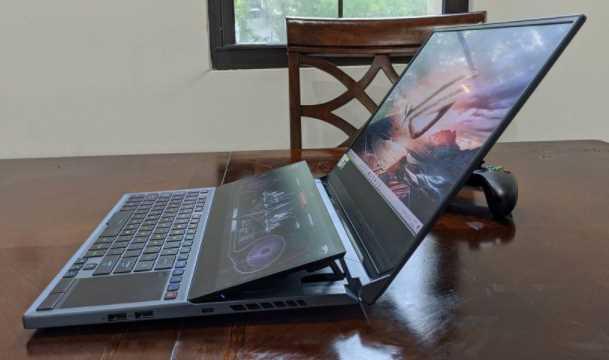 Review Laptop Asus ROG Zephyrus Duo 15