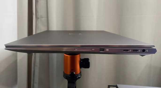 Ulasan HP ZBook Studio G8
