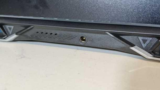Kekurangan Acer Predator Helios 300